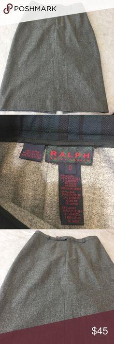 Ralph Lauren grey pencil shirt size 0 high slit Sexy Ralph Lauren wool blend pencil skirt in heather grey.   Size 0   High slit in back Lauren Ralph Lauren Skirts Pencil