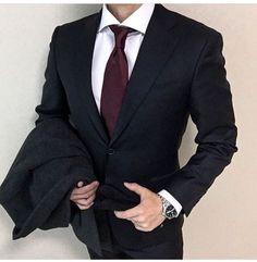 Suit Up, Suit And Tie, Dress Suits For Men, Men Dress, Mens Fashion Suits, Mens Suits, Black Suit Men, Men Formal, Tie Styles