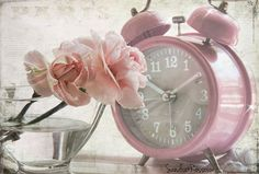Pretty pink roses and pink alarm clock! Pink Clocks, Old Clocks, Vintage Clocks, Antique Clocks, Gris Rose, Rose Cottage, White Cottage, Everything Pink, Color Rosa