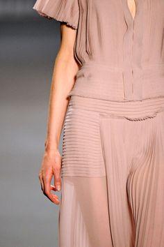 complex. #dresses, #fashion, #apparel