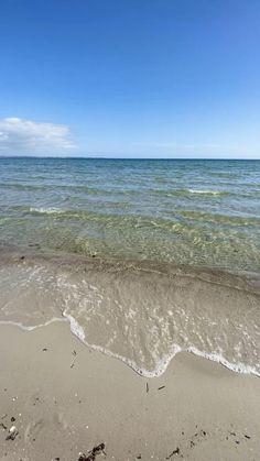 aubinvarieur - 0 results for lake pictures Landscape Edging, Abstract Landscape, Landscape Paintings, Acrylic Paintings, Beautiful Beach Pictures, Beautiful Beaches, Relaxing Pictures, Lake Pictures, Nature Pictures