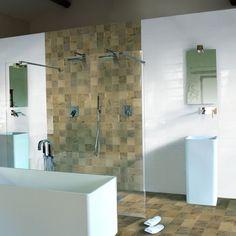 Woodside Oak 10x10. Klinker i 10x10 med träkänsla, går utmärkt att använda som kökskakel eller i mindre badrum för att lösa fallet kring golvbrunn.