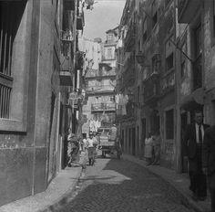 Vista de Lisboa. Fotografia sem data. Produzida durante a actividade do Estúdio Mário Novais: 1933-1983.
