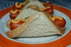 Cheese and Hotdog Roll - http://www.mytaste.ph/r/cheese-and-hotdog-roll-2109695.html