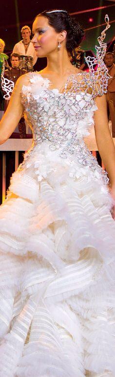 Jennifer Lawerence as Katniss Everdeen in Mockingjay Part 2