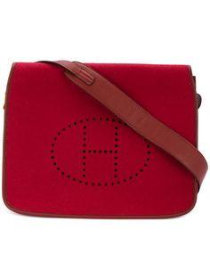 Shop Hermès Vintage Feudou shoulder bag.