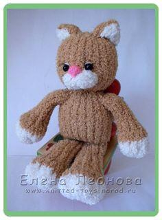 Alan Dart Jemima Puddle Duck Knitting Pattern : free pattern knit on Pinterest Pattern Library, Free Knitting and Ravelry