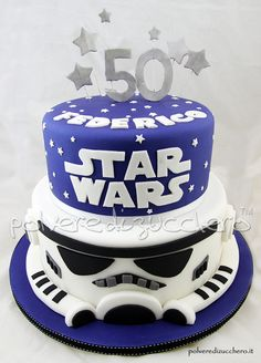 Torta Star Wars a due piani per un 50° compleanno  Star Wars cake with two floors for a 50th Birthday