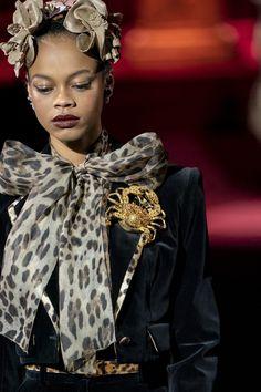 Dolce & Gabbana at Milan Fashion Week Fall 2019 - Details Runway Photos
