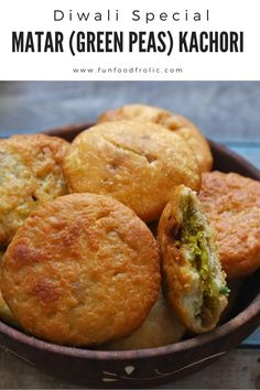 Healthy Indian Snacks, Indian Food Recipes, Vegan Recipes, Healthy Indian Recipes Vegetarian, Holi Recipes, Vegetarian Dish, Snack Recipes, Pakora Recipes, Chaat Recipe
