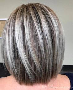Image result for transition to grey hair with highlights Blonde Balayage Bob, Ash Blonde Highlights, Chunky Highlights, Ash Blonde Bob, Color Highlights, Grey Blonde Hair, Silver Highlights, Medium Blonde, Brown Blonde