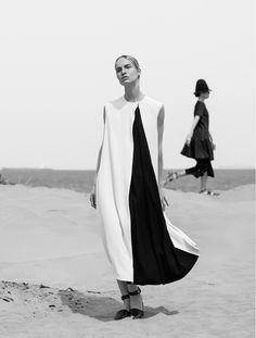 Understated Style - bold simplicity, minimalist fashion editorial // L'officiel Turkey May 2015