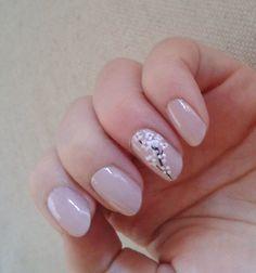 cherry blossom nail by Janita Helova Italy manicurist  http://janitahelova.com/   https://www.facebook.com/hairandmakeupinromejanitahelova