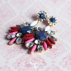 Boucle d'oreille strass rose