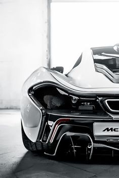 We think the McLaren P1 is one of the most beautiful cars at the moment. The car boasts a petrol engine an a an electric motor.