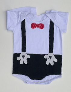 Onesie Dress, Boy Onesie, Cute Tshirts, Baby Bibs, Baby Wearing, Patches, Baby Shower, Fashion Outfits, Sewing