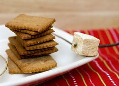 Autumn S'mores – Homemade Graham Crackers and Pumpkin Spice Marshmallows « 17 and Baking