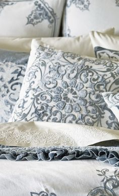 Traditional motifs are contemporized with sleek lines in our Rousseau Bedding Collection. Reinterpreted Jacobean floral designs add an urbane touch to your bedroom.