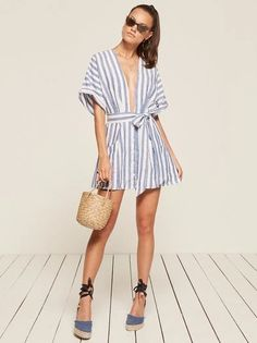 Weekend in this. This is a mini length dress with a very low v neckline, pockets and a kimono sleeve. http://bit.ly/2rbauTb