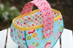 Tipps | 10 tolle Nähideen für Ostern - greenfietsen.de Easter Crafts, Fabric Design, Diaper Bag, Sewing Projects, Quilts, Bags, Spring, Projects, Basket