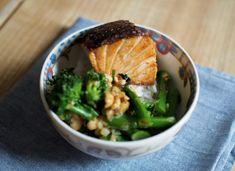 Rapeat lohinopat, broccolinia ja suolapähkinöitä - Hanna G Palak Paneer, Seafood, Eat, Ethnic Recipes, Drink, Sea Food, Beverage, Drinking