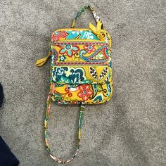 Vera Bradley floral cross body Used ONE TIME! Has many compartments Vera Bradley Bags Crossbody Bags