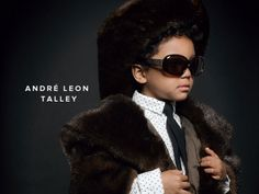 Fashion-Inspired DIY Halloween Costumes - Andre Leon Talley http://www.ivillage.com/homemade-fashion-icons-costumes/6-a-549262?cid=tw|10-11-13