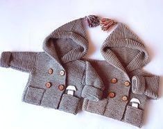 Ähnliche Artikel wie Stricken mit Kapuze Baby Mantel Baby Mantel Strick Jacke Merino Hoodie-Hand stricken-Hoodie Pea Coat 0 - 6 Monate auf Etsy