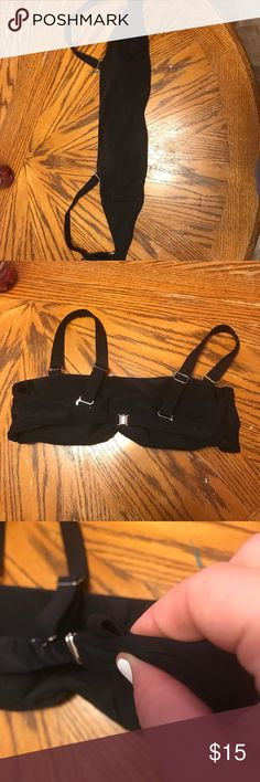 Black bandeau swim top, with adjustable straps Has adjustable straps, brand new never worn, size large but fits more of a b-c. Removable straps Swim Bikinis
