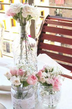 #20eventosweddingplanners bicicleta vintage para bodas, boda romántica, bombillas decoración, bombillas florero, cartel entrada, señales para bodas, sorpresa a los novios, suelta de globos, tiras de tul, boda romántica, centros de mesas, decoración con velas, guirnaldas de flores, rincones con encanto, árbol de los deseos