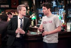 10 Conversations Guys Have At Every Bar