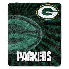 """The OFFICIAL NFL """"Strobe"""" Sherpa Throw by The Northwest Company provides a thick layer of softness as you sink into, feeling cozy and warm watching the game on TV.All licensed NFL products cannot be listed/sold o. Green Bay Packers Blanket, Green Bay Packers Fans, Nfl Green Bay, Packers Memes, Packers Gear, Packers Football, Seahawks Cowboys, Packers Baby, Greenbay Packers"""