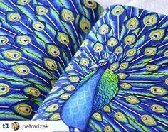 Ok! Vou ali aprender a pintar!  lindo ! #Repost @petrarizek ・・・ Detail.. #tropicalwonderland #tropicalwonderlandcolouringbook #milliemarottacolouringbook #milliemarottatropicalwonderland #milliemarotta #coloringbook #colors #color #coloring #animals #adultcoloringbook #adultcoloring #milliemarottawildsavannah #creative #omalovankyprodospele #antistresoveomalovanky #kohinoor #mondeluz72 #polycolor #peacock