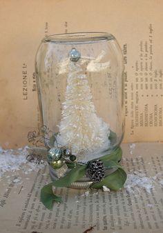 Mason jar snowglobe