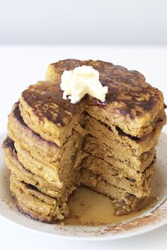 Healthy Pumpkin Pancakes (Vegan, GF, Grain Free, Paleo) - not good at all, they were grainy and fell a part