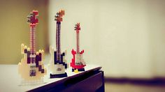 """30 mentions J'aime, 11 commentaires - 史結 (@shiyu1111) sur Instagram: """"#ナノブロック #ブロック #nanoblock #guitar  ママが買ってきたブロック! 部品が小さいからしーちゃんつくってねって言われた!…"""""""