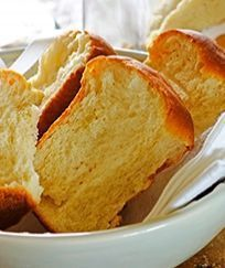 Need a recipe for scrumtious biscuits? Try this quick condensed milk rusks recipe today and rate Stork's recipes here. Stork – love to bake. Baking Recipes, Cake Recipes, Dessert Recipes, Desserts, Milk Recipes, Baking Ideas, Bread Recipes, Healthy Recipes, Stork Recipes