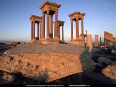 Roman Ruins of Palmyra - Syria!Can you imagine the history here? Awesome to see someday!