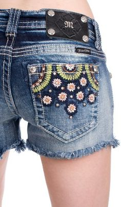Miss Me diamond frayed shorts Distressed Shorts, Denim Shorts, Jeans, My Style, Diamond, Womens Fashion, Summer Breeze, How To Wear, Clothes