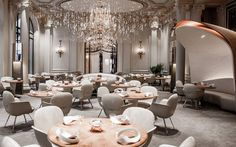 See inside Michelin-starred Plaza Athénée restaurant in Paris http://www.vogue.com.au/vogue+living/design/galleries/organic+futurism+at+paris+restaurant+alain+ducasse+au+plaza+athenee,34241#top