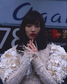 Nana Komatsu with Chanel for Libertine Dune - moripuff Japanese Beauty, Japanese Girl, Asian Beauty, Nana Komatsu Fashion, Komatsu Nana, Aesthetic People, Japanese Models, Ulzzang Girl, Fashion Pictures
