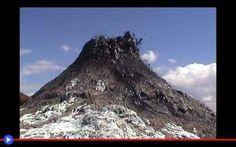 Lo strano fenomeno geologico della lava nera La Rift Valley Lodge, la Rift Valley Academy, il Rift Valley Restaurant...Come i negozi di una strada commerciale in una grande città italiana, tra i recessi d'Africa si susseguono le realtà, commerc #africa #vulcani #geologia #fenomeni