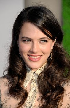 'Downton Abbey' Actress Jessica Brown Findlay Speaks Out About Overcoming Her Eating Disorder Downton Abbey, Jessica Brown Findlay, English Actresses, British Actresses, Lady Sybil, Actress Jessica, Michelle Dockery, Sister Photos, Cinema
