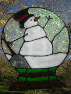Snow globe snowman - faux stained glass example from real sg pattern