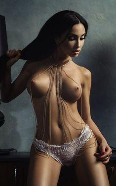 Salma hyek nude pics