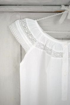 I love white and lace, so sweet Shades Of White, Grey And White, Mein Style, White Cottage, Heirloom Sewing, Photos Of The Week, Night Gown, Style Inspiration, Pure Products