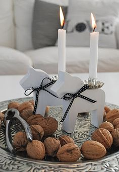 simple and lovely,no need for the candles, a simple bowl of nuts is absolutely beautiful and inviting...