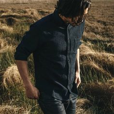 Taylor Stitch offers this soft, waffle-textured, deep blue shirt that's both relaxed and sophisticated. It looks equally good tucked or untucked, sleeves Taylor Stitch, Waffle Shirt, Stitch Shirt, Raw Denim, Waffles, Indigo, Cool Style, Charcoal, Mens Fashion