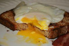Perfect Runny Egg over Toast (No Oil, Non-Stick Skillet)