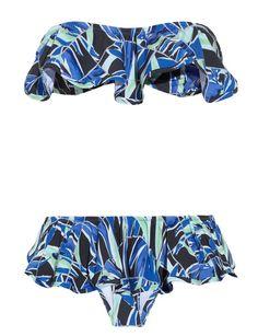 Kenzob http://www.marie-claire.es/moda/tendencias/fotos/que-tus-bikinis-lleven-volantes-siempre/kenzo6